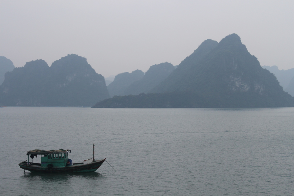 A peaceful morning in Halong Bay.