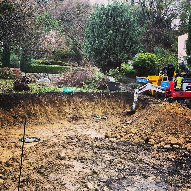 Its been a treacherous week but we've been busy digging out for a very exciting new project....classic Georgian style meets rugged walled jungle garden. More to follow soon! #mud #landscapers #takeuchi #digger #rain #bath #landscaperbath