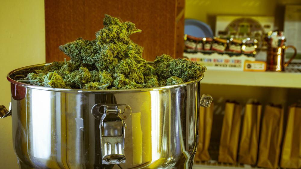 02-Denver-Dispensary.JPG