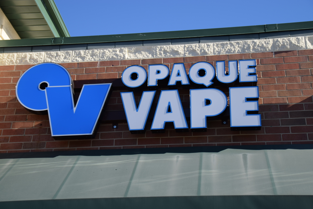 01-opaque-vape-grayslake-illinois.JPG