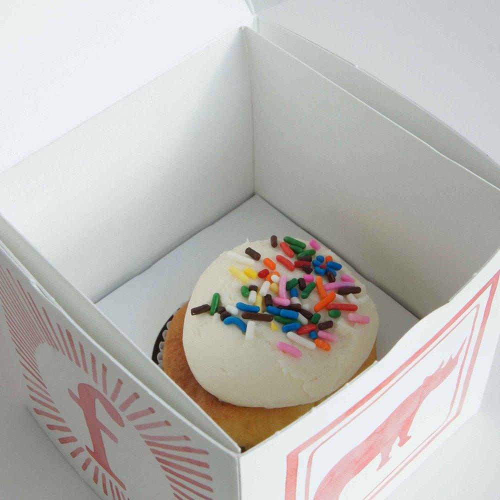 cupcake detail 4 copy.jpg