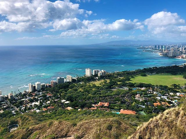 Yesterday we strapped Ella onto Sean's back and hiked up Diamond Head. #diamondhead #honolulu #oahu