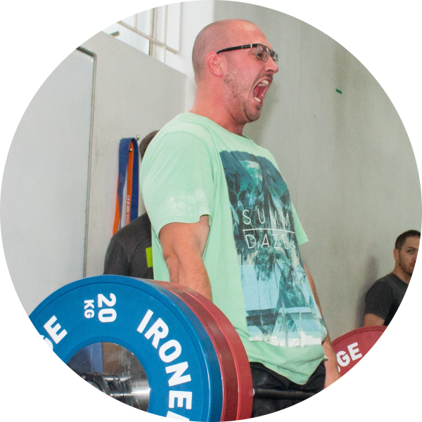 Jacob lost 17kg in 10 weeks and has increased overall strength and weight lifting technique.