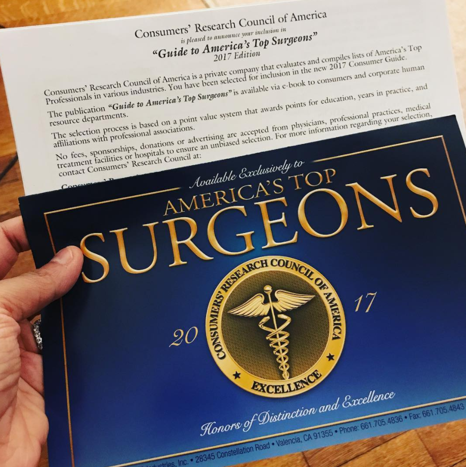 Dr. Devgan receives the Consumers' Research Council of America Award for America's Top Surgeons