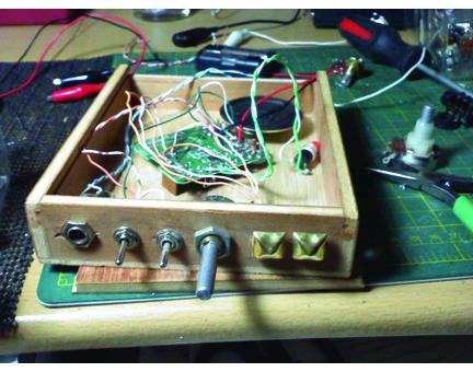 Scott Buchanan - circuitbent Buddha machine.jpg