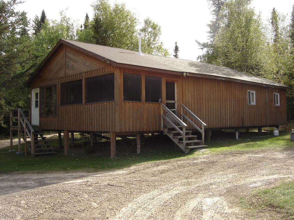 Cabin 8.jpg