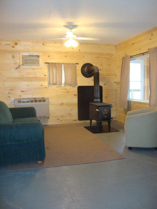 Cabin 9 Main.jpg