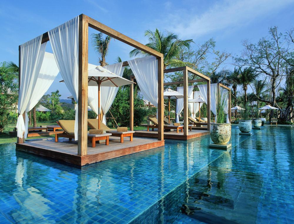 Hotel_Swimming-Pool-1_Sarojin_Khaolak_Thailand_hr.jpg