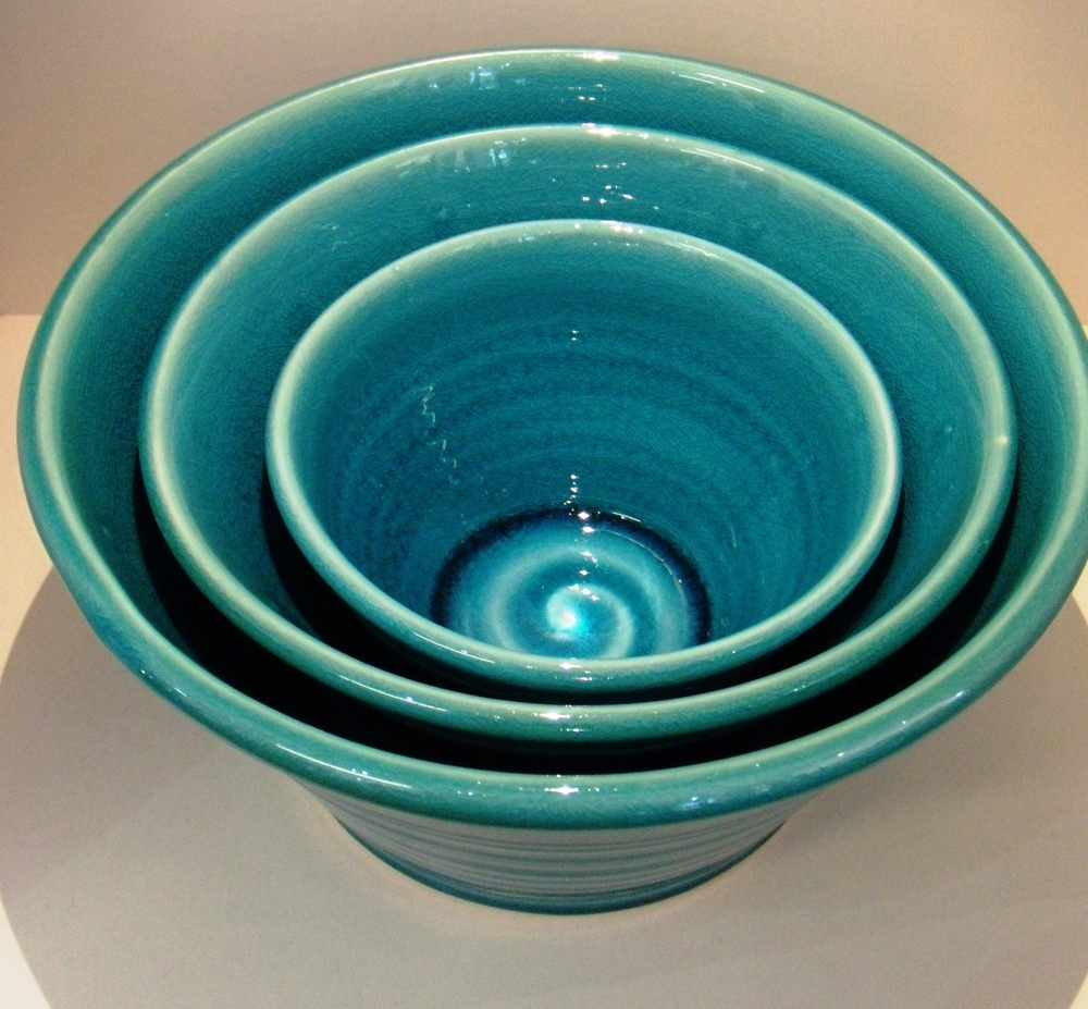 Classic Turquoise deep Bowls Small $27 - 140 mm d x 80 mm h Med $34 - 180 mm d x 100 mm h Large $66 - 220 mm d x 120 mm h
