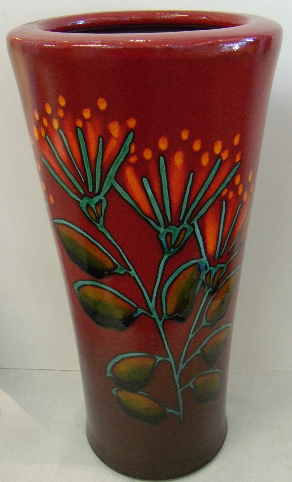 Rata Flowers Umbrella Pot $478 Measures 370 mm diameter at top x 760 mm h $299 measures 270 mm d x 560 mm h $173 Measures 185 mm d x 380 mm h