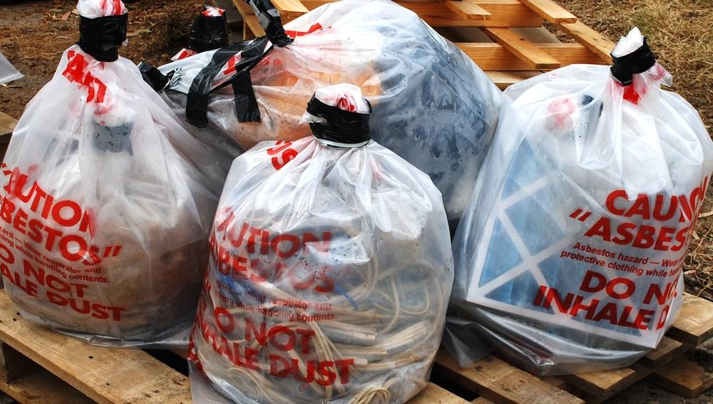 HazWorx Asbestos Plastic Wraping 130.JPG