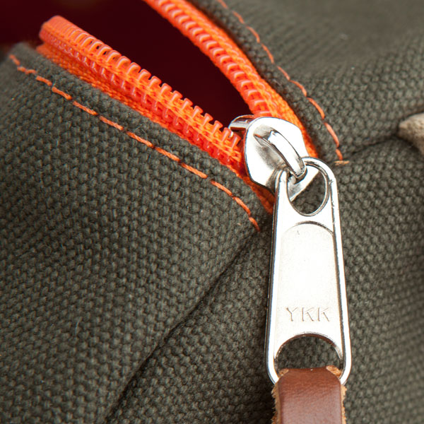 army-stitch-zipper.jpg