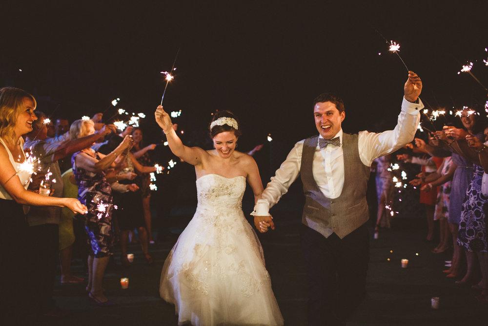 Wakefield Town Hall Wedding-10.jpg