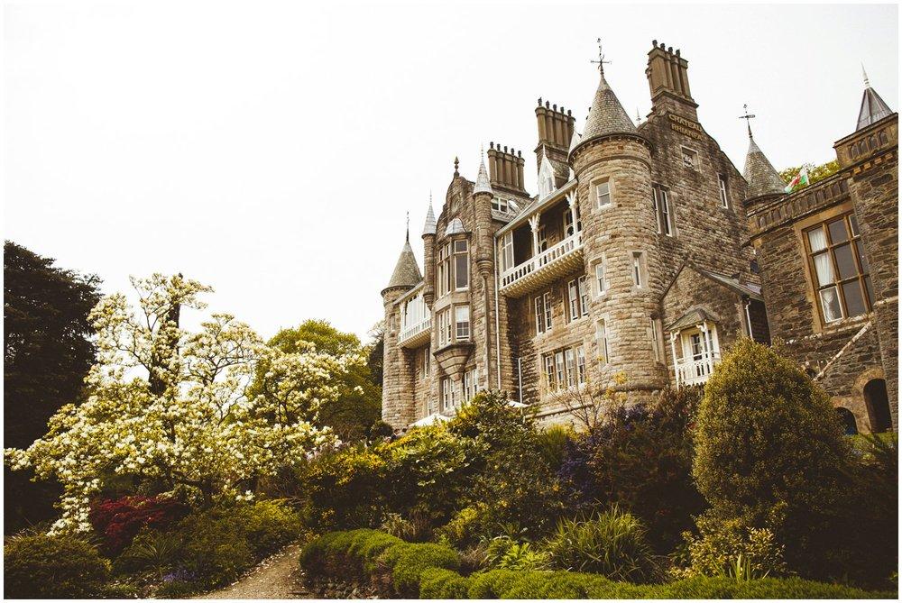 Chateau Rhianfa Wedding Anglesey_0079.jpg