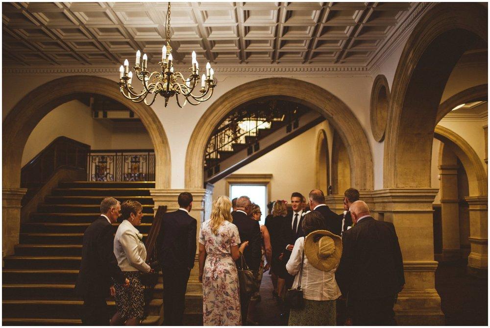 Wakefield Town Hall Wedding_0023.jpg