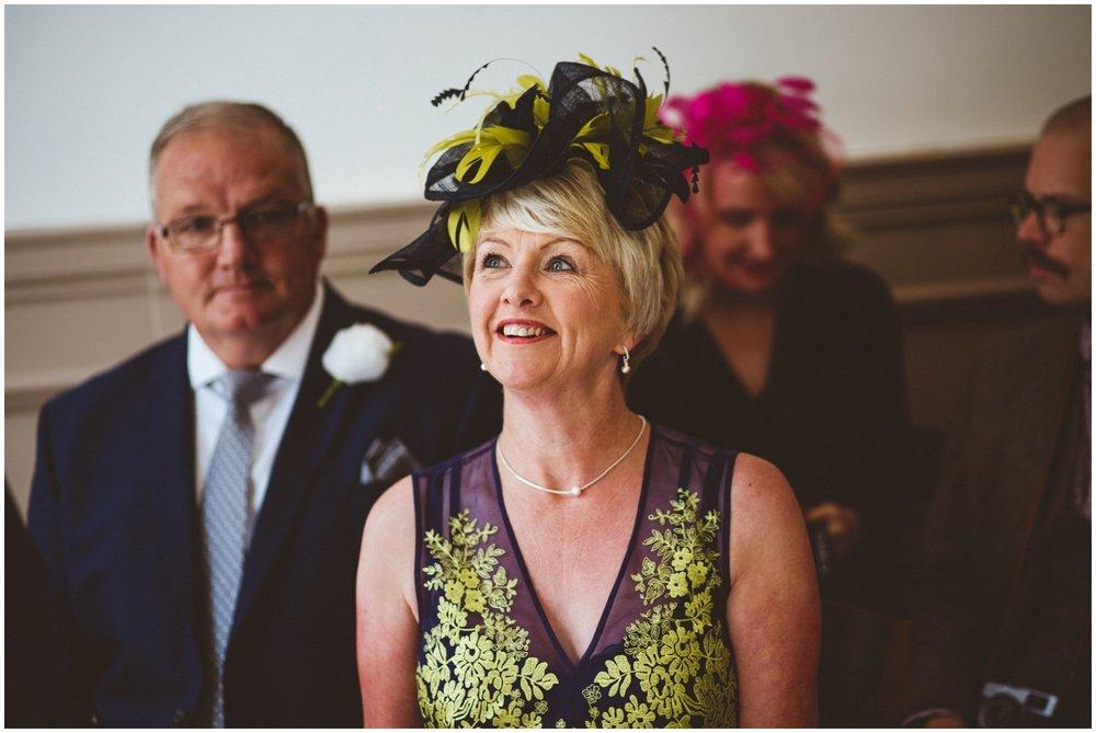 Wakefield Town Hall Wedding_0025.jpg