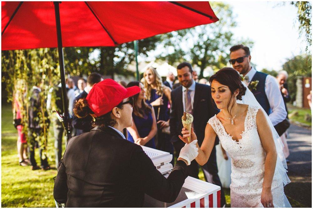 Reportage Wedding Photographer_0084.jpg