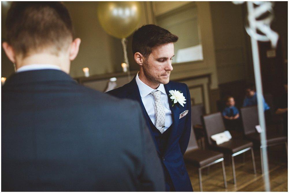 A Pub Wedding In Hertfordshire_0027.jpg