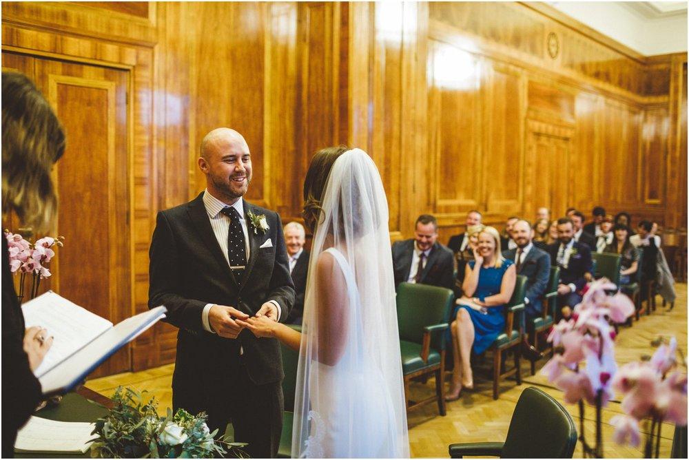 Hackney Town Hall Wedding London_0053.jpg