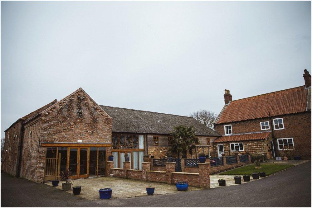 Barmbyfields Barn Wedding York_0018.jpg