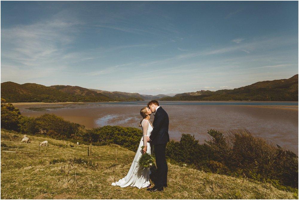 wales-wedding-photographer_0084.jpg