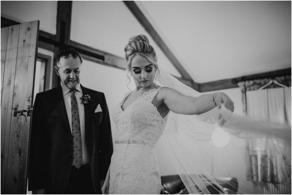 sandburn-hall-wedding-york_0016.jpg