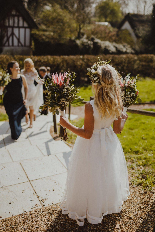 farmhouse-at-redcoats-wedding-hertfordshire_0023.jpg