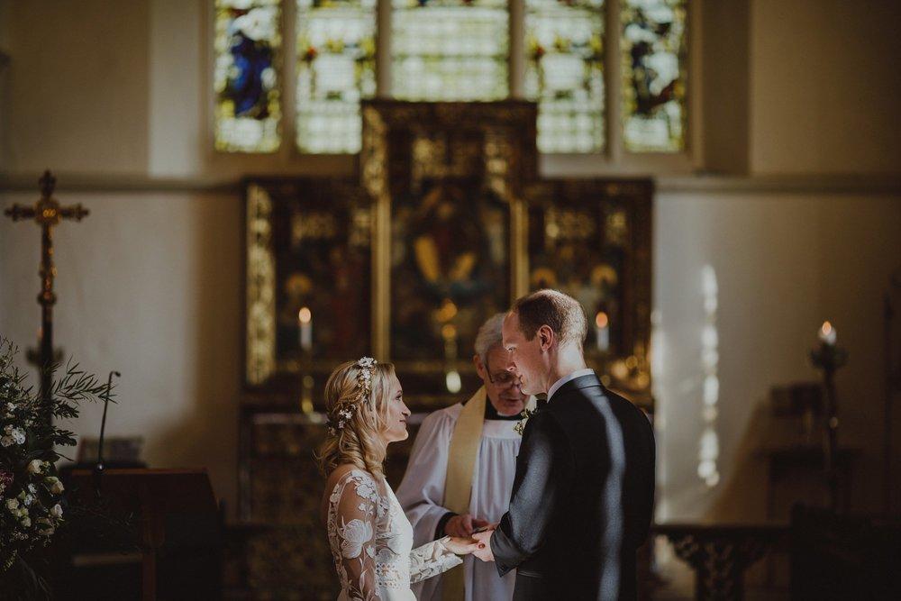 farmhouse-at-redcoats-wedding-hertfordshire_0045.jpg