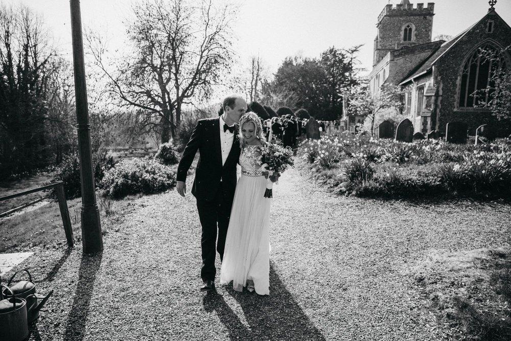 farmhouse-at-redcoats-wedding-hertfordshire_0061.jpg