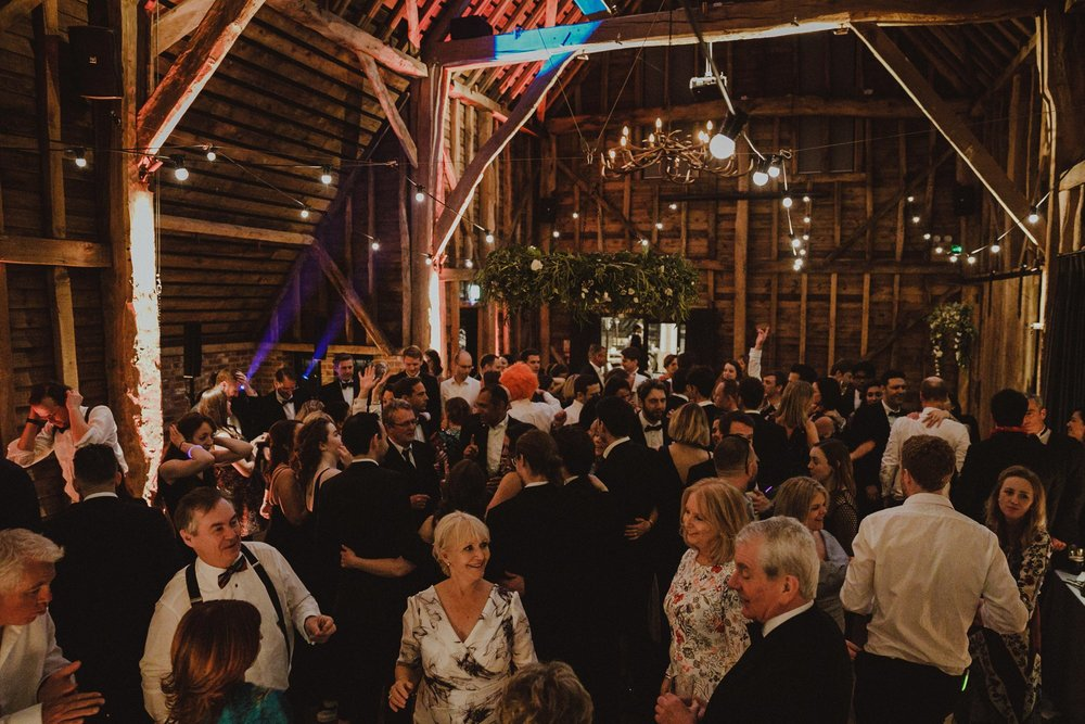 farmhouse-at-redcoats-wedding-hertfordshire_0164.jpg