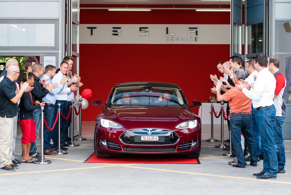 2013-08-17_Tesla-Model-S-Delivery-7680.jpg