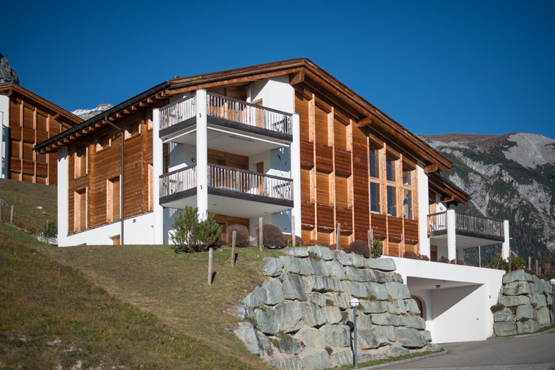 Situated on the hillside, the property has an excellent view over Flims and the mountains