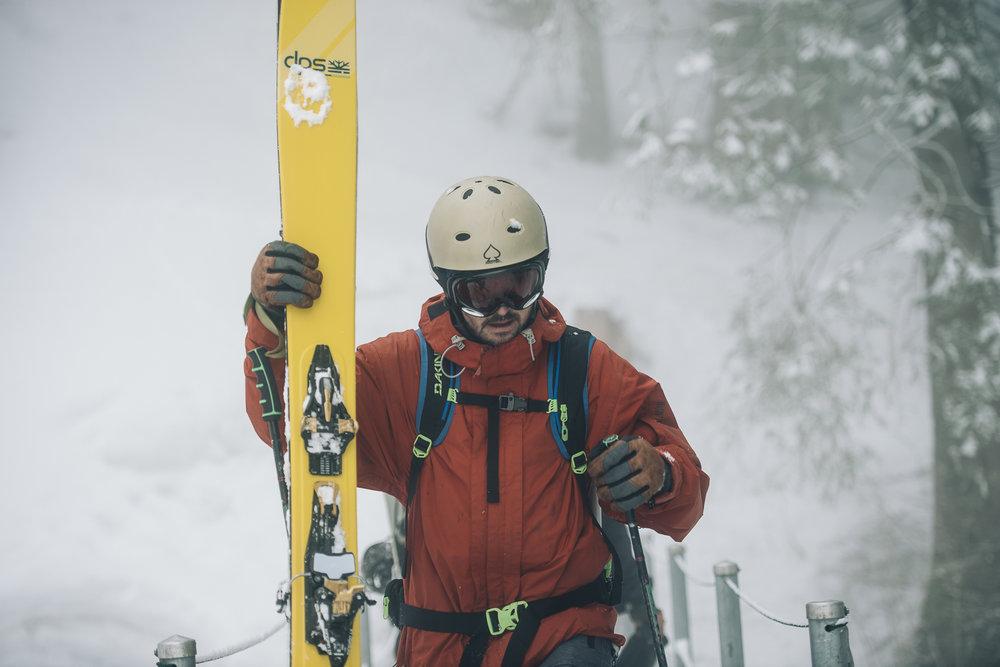 Frederik_vandenBerg_OutdoorPhotography_Winter_Splitboarding-Lidernenhuette--19.jpg