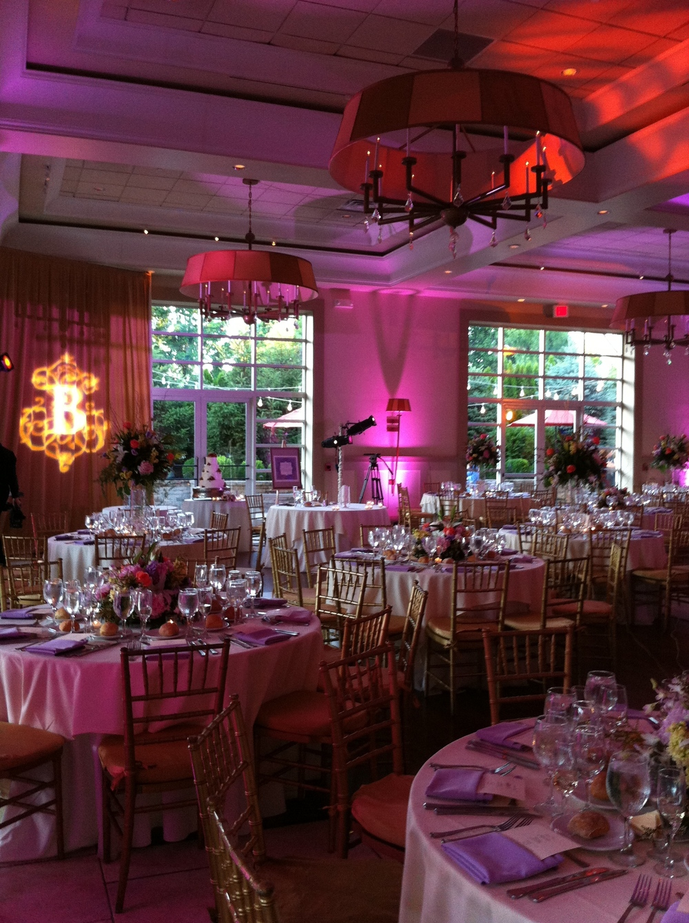 kayneLIVE-NYCWeddingLighting-MonogramBPinkUplights.JPG