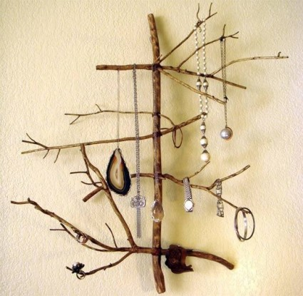 twig_jewelry_holder_8-22-m.jpg