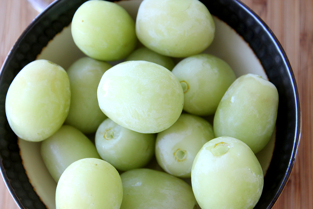 frozen-grapes3.jpg