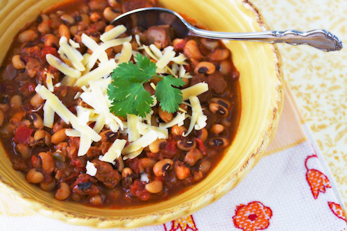 Pork and Black Eyed Pea Chili - recipe from Gourmandistan