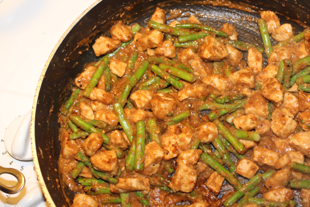 Asparagus & Chicken in Peanut Sauce