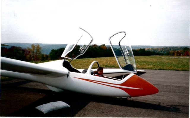 A glider is a plane with no engine, 1997.