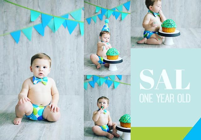 So many sweet babes in the studio this past month! #firstclassphotoskc #birthdaysesh #oneyearold #kcphotographer #creative #childportraits #familyphotographer #firstclassphotographykc #hellolovely #instacute #colormehappy #props #colorfullife