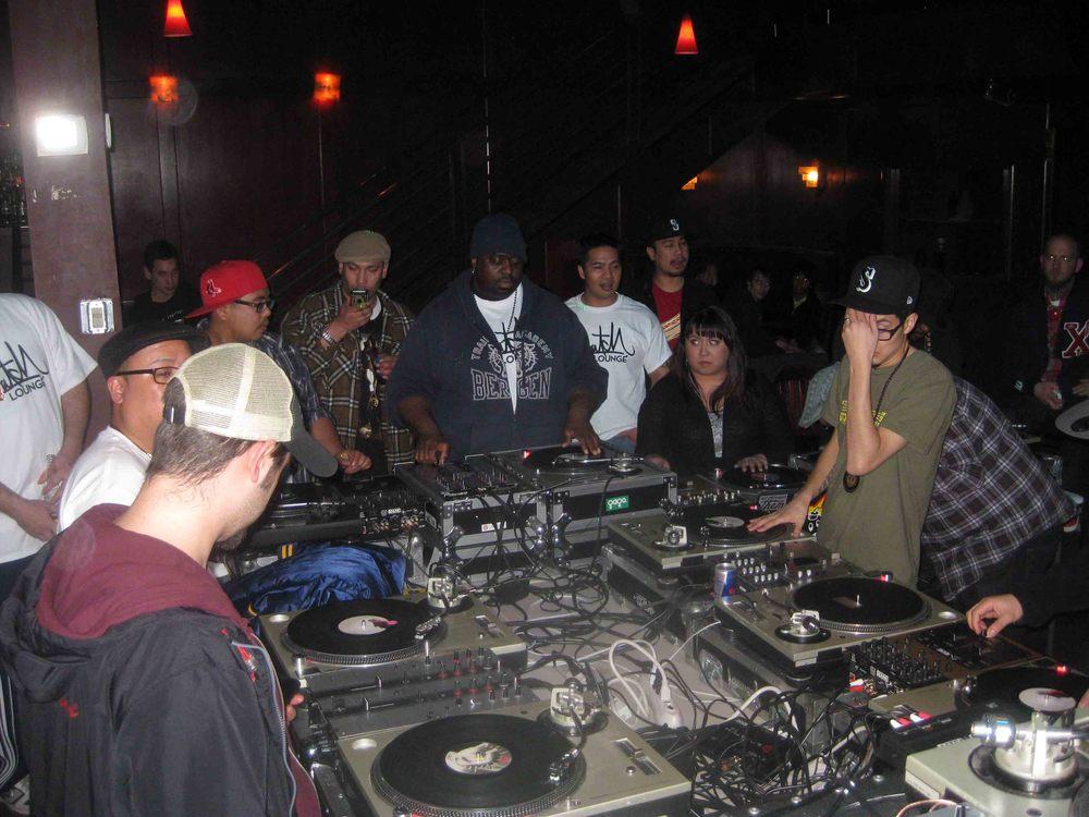 2011_04_07_Skratch Lounge 1 Yr Anniversary (15).jpg