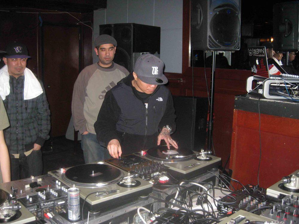 2011_04_07_Skratch Lounge 1 Yr Anniversary (18).jpg