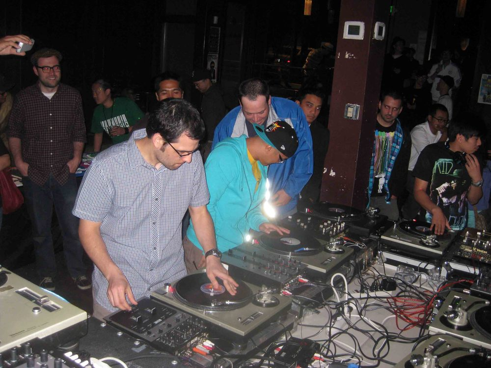 2011_07_07_Skratch Lounge (01).jpg