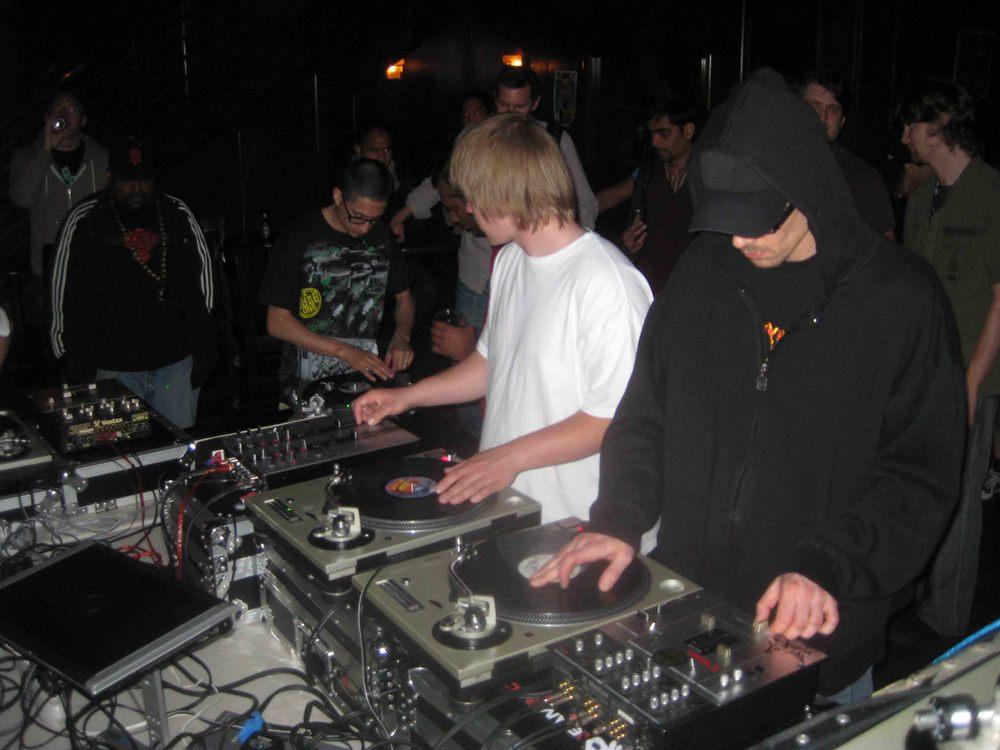 2011_07_07_Skratch Lounge (16).jpg