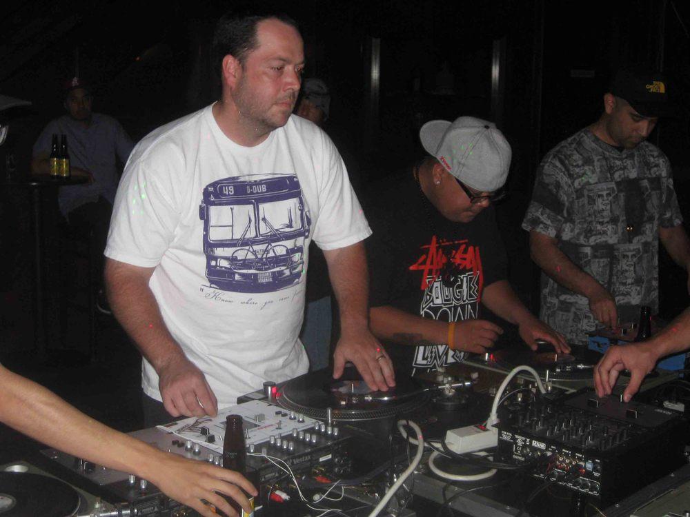 2011_08_04_SkratchLounge-DJ Image (02).jpg