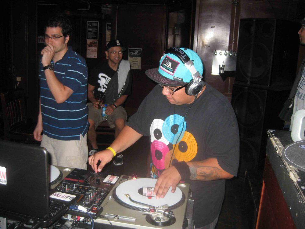 2011_08_04_SkratchLounge-DJ Image (06).jpg