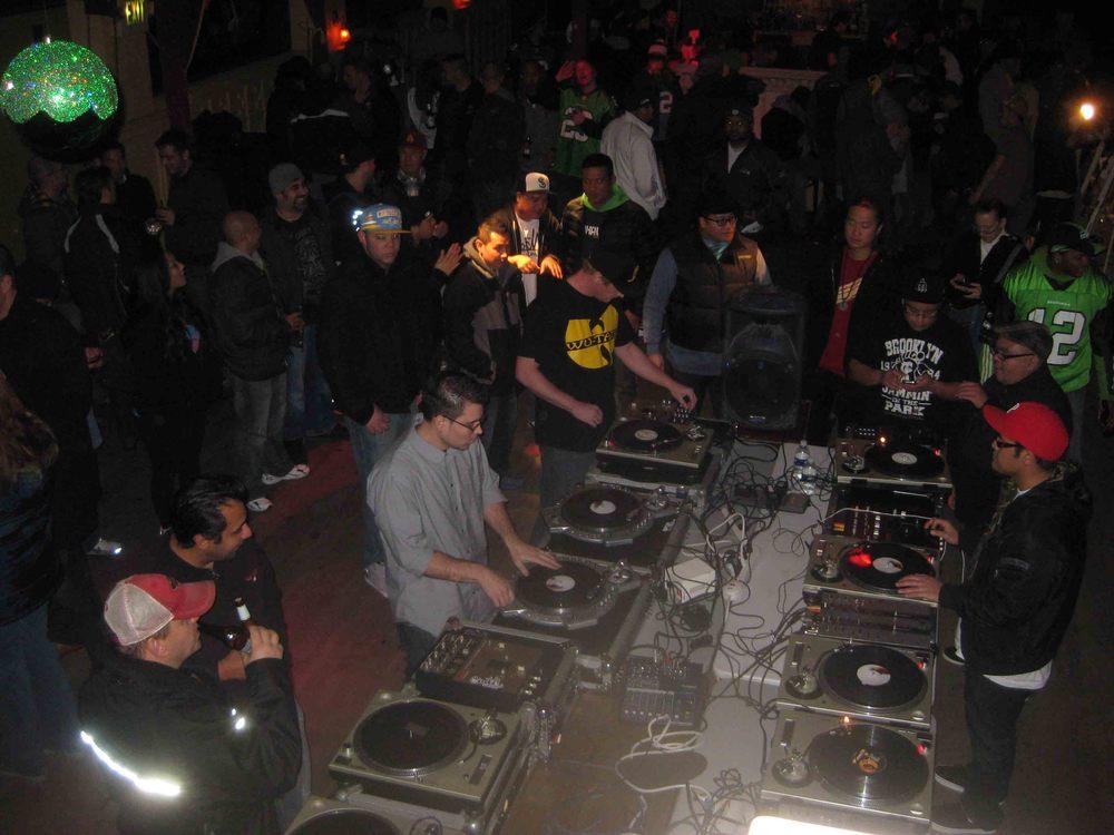 2011_12_01_Skratch Lounge (Tre & Shmix) (5).jpg