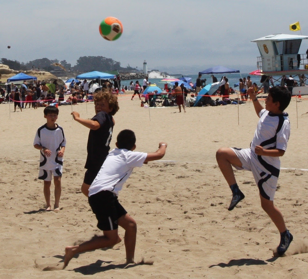 santa-cruz-city-ysc-sharks02-blue-beach-soccer-7.jpg