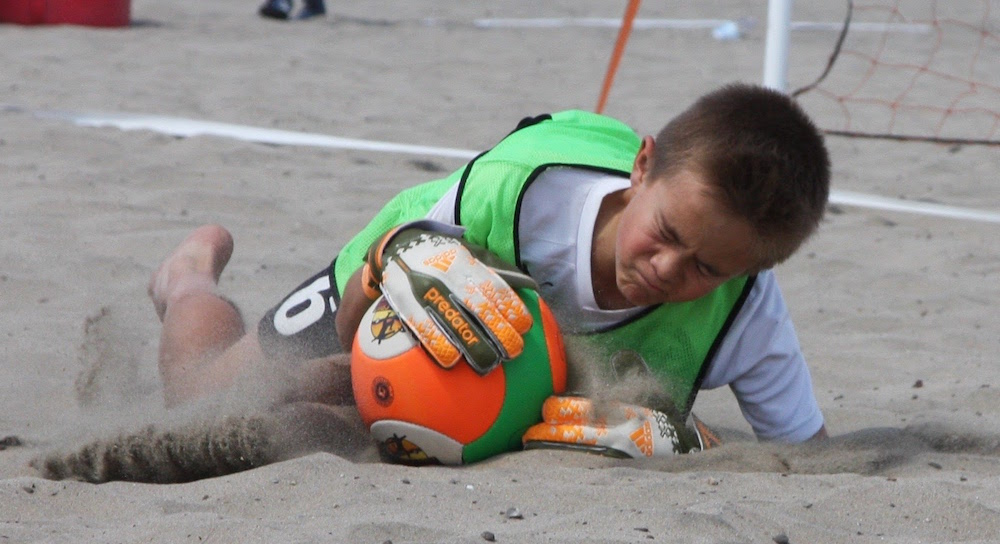santa-cruz-city-ysc-sharks02-blue-beach-soccer-6.jpg