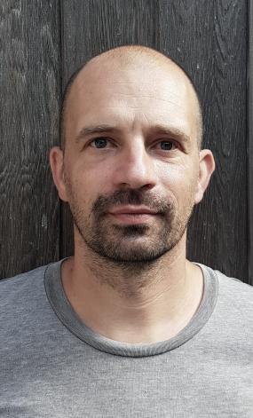 JOHAN NERYRINCK ontwerper johan@fosfor.be +32